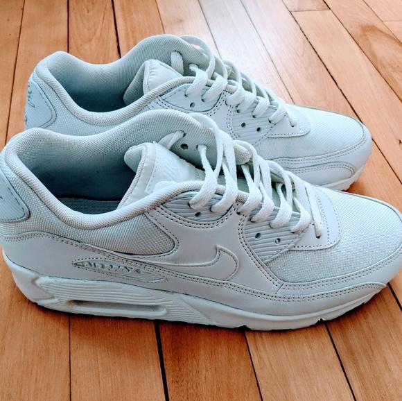 Nike Shoes | Nike Air Max 9 Essential